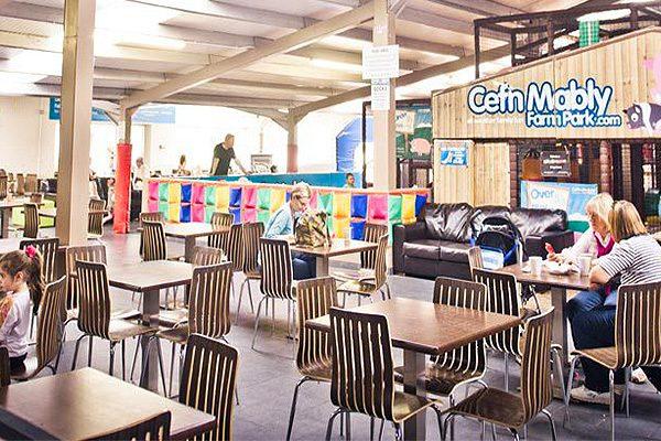 Cafe, Cardiff